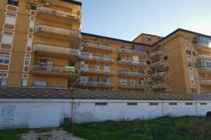 Appartamento di 150  mq con garage di 35 mq in Piazza S. Maria Assunta