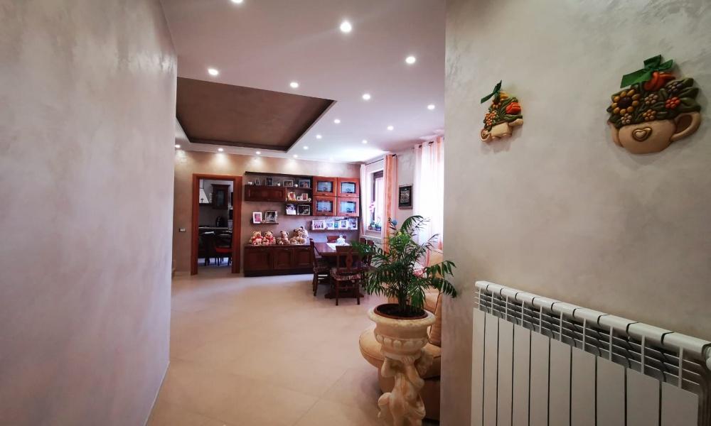 Via III Traversa Guglielmo Marconi, 86070, 4 Rooms Rooms,Villa Bifamiliare,In Vendita,Via III Traversa Guglielmo Marconi,1254